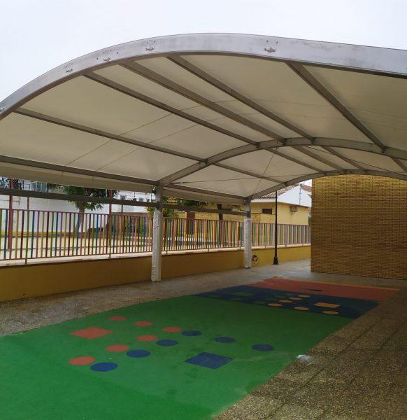 Carpas para colegios: la solución para crear espacios y garantizar la distancia social en la vuelta al cole