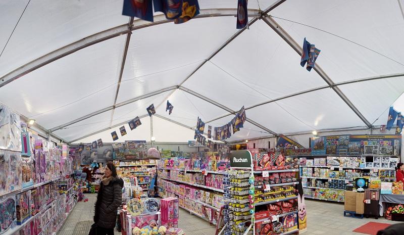 Instalación tiendas efímeras Navidad